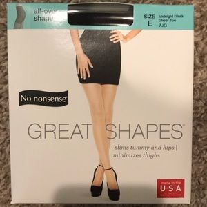 Accessories - 14 boxes of No Nonsense Great Shapes Pantyhose
